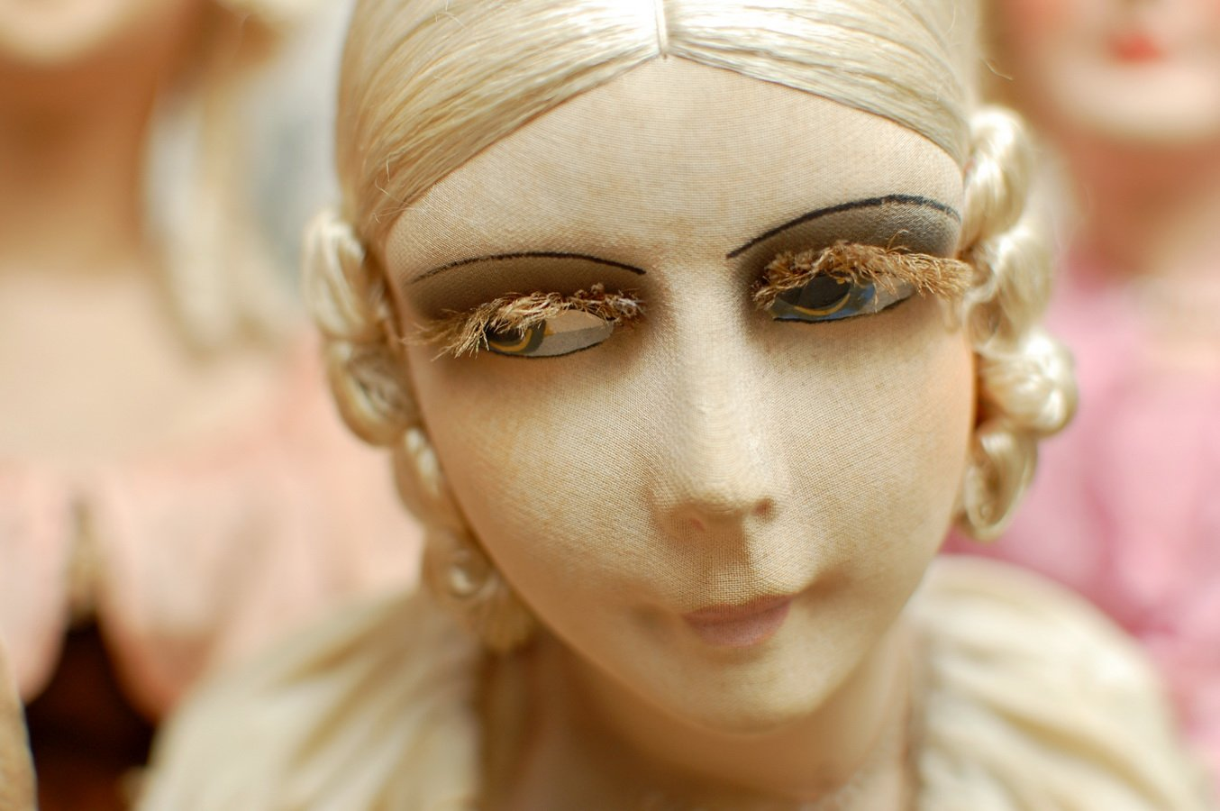 голова антикварной будуарной куклы